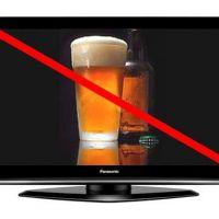 Люди пьют больше алкоголя, когда они видят его по телевизору